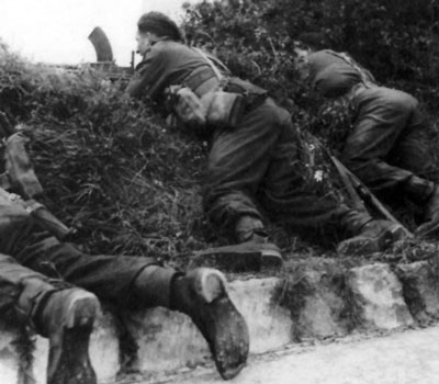 Commandos fighting in Normandy