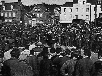 Highlanders gather in the Square at St Valery-en-Caux