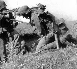 Waffen-SS MG team in action