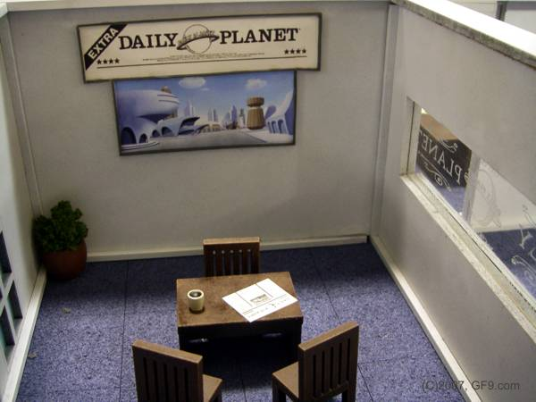 Daily Plant News Room Table