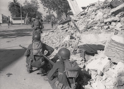 US infantry in Tunisia