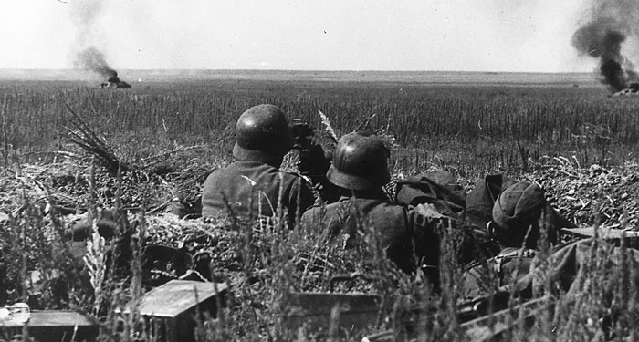 German infantry wait for the Soviet counter-attack