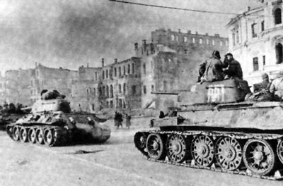 Soviet tanks in Kiev