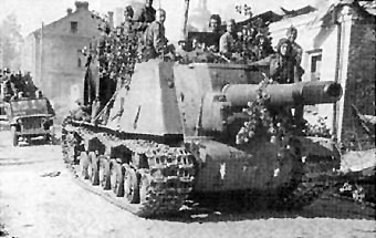 Soviet ISU-152 heavy assault gun