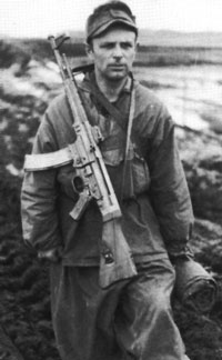 Gebirgsjäger with StG44