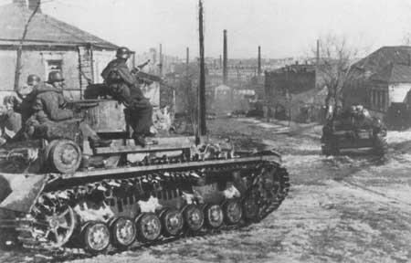 Das Reich Panzers entering the outskirts of Kharkov