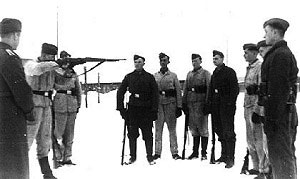 Luftwaffe Field Troops receiving rifle training