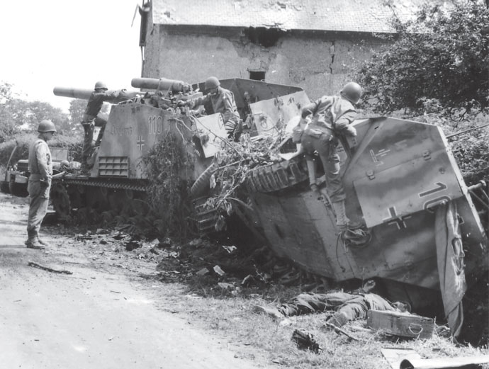 Captured Hummel and destroyed Sd Kfz 251/D
