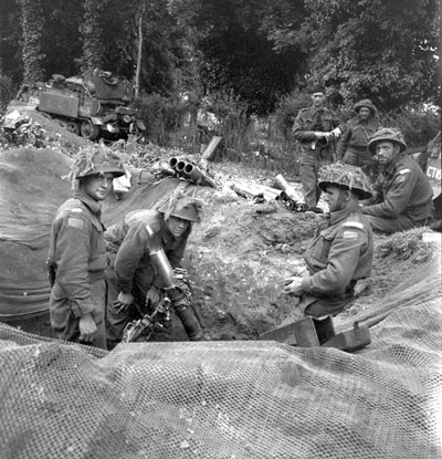 2nd Canadian Division mortar crew