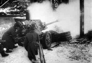 A 76.2mm ZIS-3 blasts away in the direct-fire role