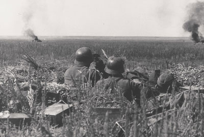 German Machine-gun team on the open steppe