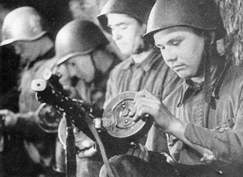 Soviet infantry with PPsh SMGs