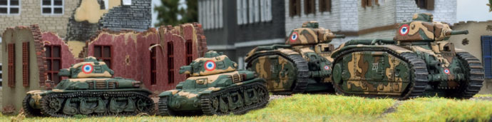 French Char B and Renault R-35 in action