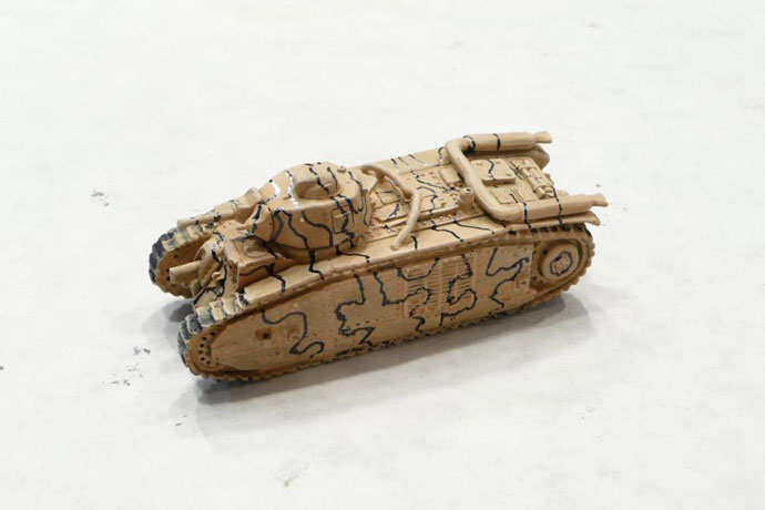 The Char B with the camo outlined