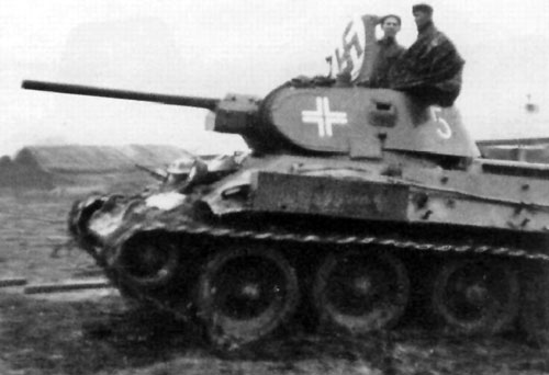 T-34 mod 1941/42 using a one-digit number on the side (Rear section) of the turret.