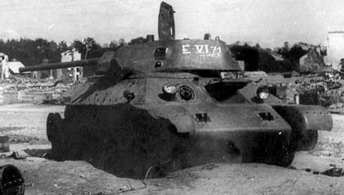 T-34 mod 1941/42 using an E-Mark numbering system on the side (Rear section) of the turret.