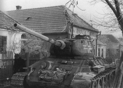 T-34/85 using a German Cross on the side (Front section) of the turret, on the front panel of the tank.