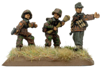 Command Panzerfaust SMG team
