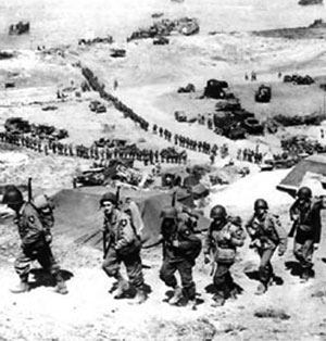 2nd Division troops arriving in Normandy