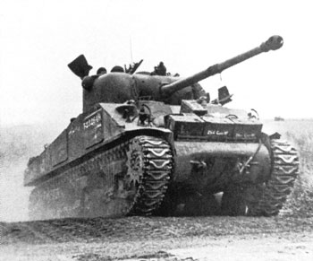 Sherman Firefly Vc armed with the 17 pdr