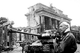 Red Steel: Through the Brandenburg Gate in an IS-2 Tank