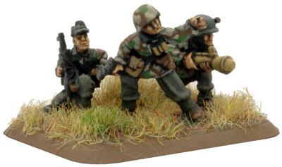 Sperr Pionier Platoon Command Pioneer Panzerfaust SMG team