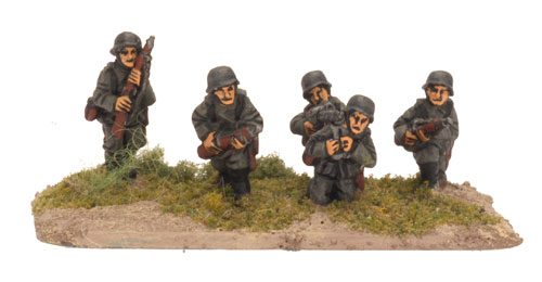 German Rifle/MG team