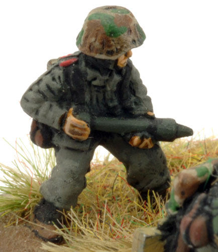 Tank Hunters (GE728)